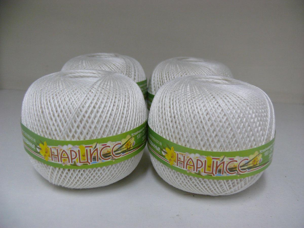 Нитки вязальные Нарцисс, хлопчатобумажные, цвет: молоко (0102), 395 м, 100 г, 4 шт0211401846778Вязальные нитки в 3 сложения Нарцисс изготовлены из 100% хлопка. Такие нитки используются для вязания крючком. Нити крученые, матовые, мерсеризованные. Устойчивость окраски - особо прочная. В наборе - 4 клубка. С их помощью вы сможете связать своими руками необычные и красивые вещи.