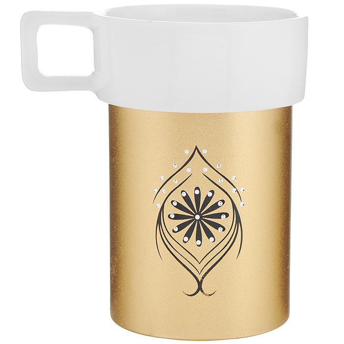 Кружка Amber Porcelain, цвет: белый, золотистый, 220 мл214179Кружка Amber Porcelain, выполненная из фарфора, имеет оригинальную форму и яркий дизайн. Дно изделия оснащено силиконовой накладкой. Такая кружка порадует вас дизайном и функциональностью, а пить чай или кофе из нее станет еще приятнее.