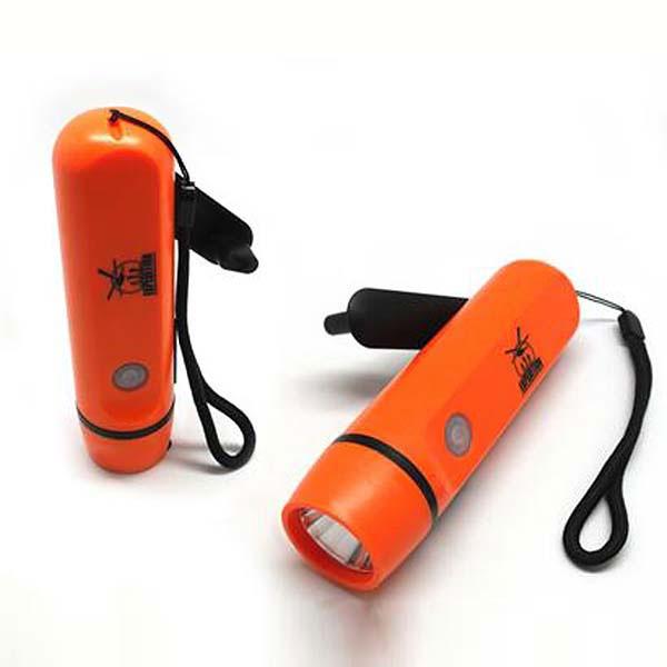 Динамо-фонарь с зарядкой для iPhone