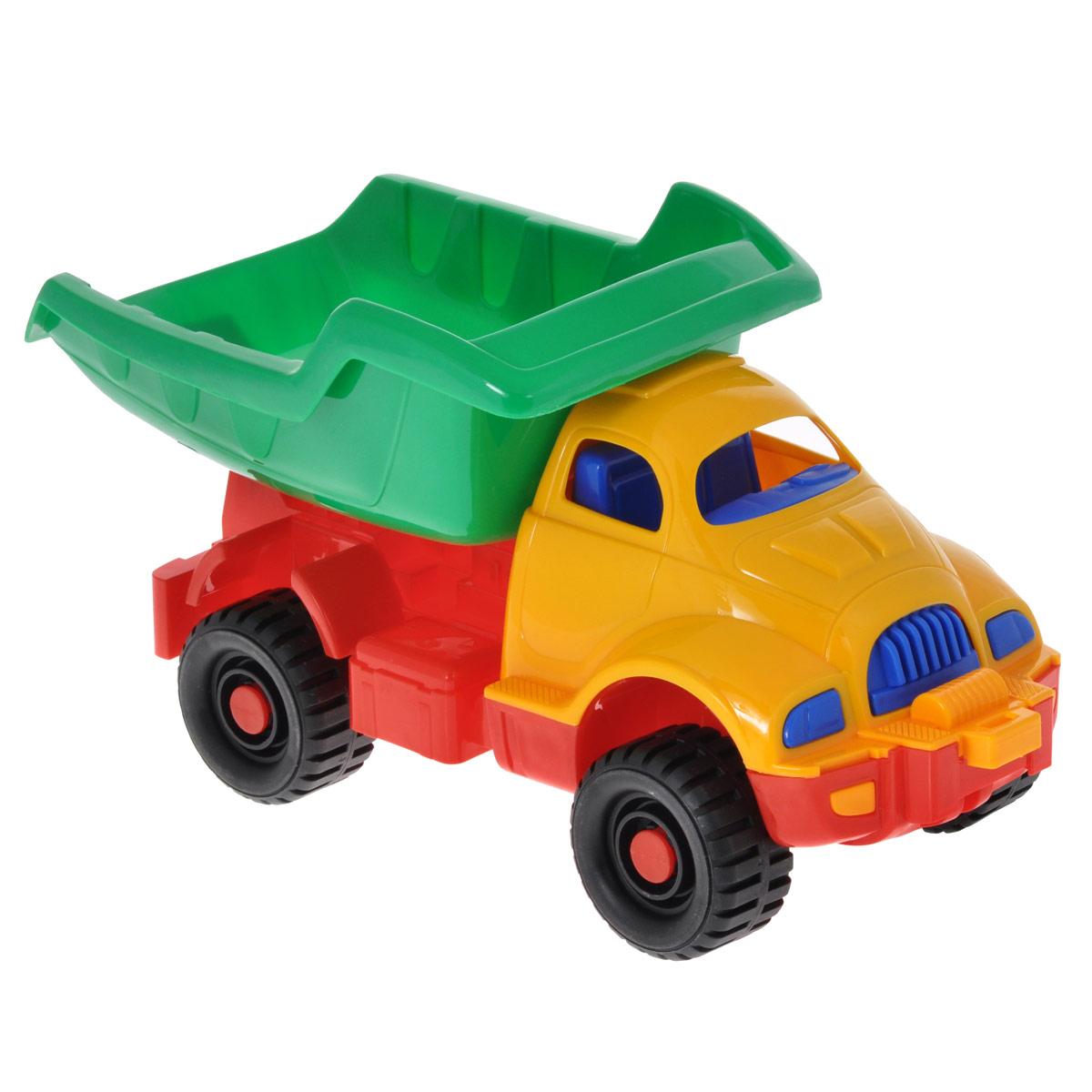 Нордпласт Грузовик Космический цвет желтый зеленый красныйН-030 желтый, зеленый, красныйЯркий грузовик Космический, изготовленный из прочного безопасного материала желтого, зеленого и красного цветов, отлично подойдет ребенку для различных игр. Грузовик - прекрасный помощник на строительной площадке. С его помощью можно перевозить камни, песок, ветки и другие грузы. Его кузов поднимается и опускается, а в кабину можно посадить маленькую игрушку. Большие колеса с крупным протектором обеспечивают грузовику устойчивость и хорошую проходимость. Ваш юный строитель сможет прекрасно провести время дома или на улице, воспроизводя свою стройку. Характеристики: Размер грузовика (ДхШхВ): 16,5 см х 36 см х 18,5 см.