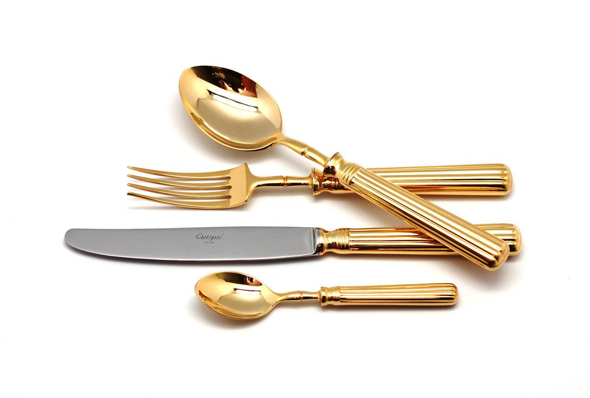 Набор столовых приборов Cutipol Line Gold, 72 предмета9171-729171-72 LINE GOLD Набор 72 пр. Характеристики: Материал: сталь. Размер: 660*305*225мм. Артикул: 9171-72.
