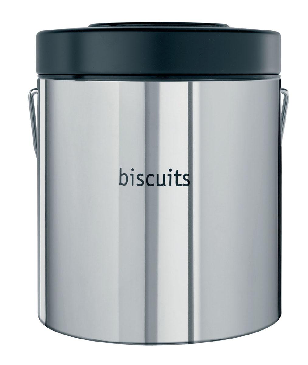 Контейнер для продуктов Brabantia. Печенье, 3,5 л160301Контейнер для продуктов Brabantia изготовлен из антикоррозийной стали с зеркальной полировкой. Внешняя стенка контейнера оформлена надписью Biscuits (Печенье). Внутренняя поверхность контейнера и крышка выполнены из пластика. На крышке расположена влаговпитывающая капсула с фиксатором даты, который всегда напомнит, когда в последний раз сушили капсулу в данном контейнере. Влаговпитывающую капсулу рекомендуется периодически сушить в нагретой духовке в течение короткого времени. Для удобной переноски у контейнера имеется прочная стальная ручка.