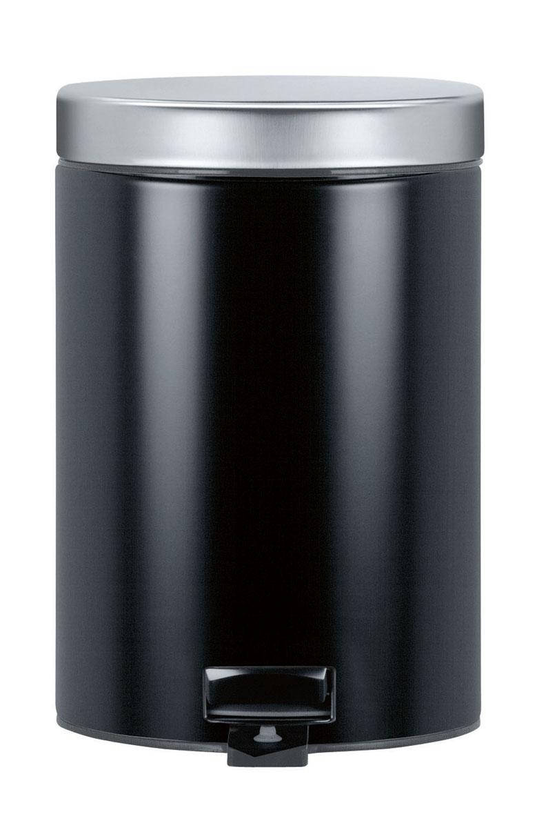 Ведро для мусора Brabantia, с педалью, цвет: черный, 3 л335785Овальное ведро для мусора Brabantia, выполненное из стали и пластика, обеспечит долгий срок службы и легкую чистку. Ведро оснащено педалью, с помощью которой можно открывать крышку. Пластиковая основа ведра предотвращает повреждение пола. Благодаря специальной липучке на педали ведро будет надежно зафиксировано. Внутренняя часть - пластиковое ведерко, которое легко можно вынуть. В комплект входят пакеты для ведра. Ведро Brabantia поможет вам держать мусор в порядке и предотвратит распространение неприятного запаха.