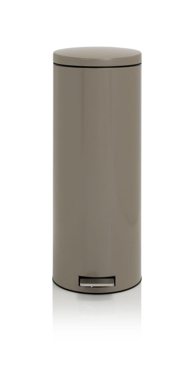 Бак мусорный Brabantia Бесшумный, высокий, с педалью, цвет: серо-коричневый, 20 л478666Элегантный и высокий мусорный бак Brabantia с уникальным механизмом MotionControl идеально подходит для использования на кухне или в гостиной. Механизм MotionControl обеспечивает мягкое действие педали и бесшумное открывание крышки; Надежный педальный механизм, высококачественные коррозионно-стойкие материалы; Удобный в использовании - при открывании вручную крышка фиксируется в открытом положении, закрывается нажатием педали; Удобная очистка – съемное внутреннее пластиковое ведро; Бак удобно перемещать - прочная ручка для переноски; Отличная устойчивость даже на мокром и скользком полу – противоскользящее основание; Предохранение пола от повреждений - пластиковый защитный обод; Всегда опрятный вид - идеально подходящие по размеру мешки для мусора с завязками (размер F); 10-летняя гарантия Brabantia.