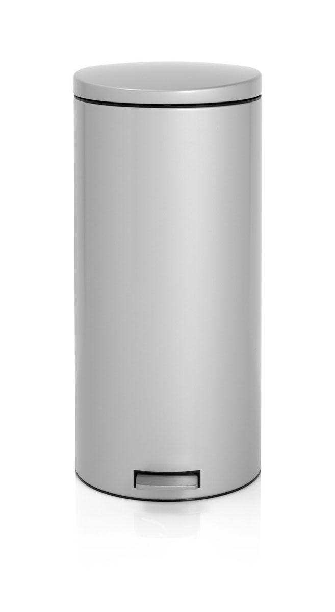 Бак мусорный Brabantia Бесшумный, с педалью, цвет: металлик, 30 л478789Вместительный бак для отходов с мягким педальным управлением и бесшумной крышкой, закрывающейся мягко и бесшумно благодаря специальному механизму MotionControl - идеальное решение для кухни или гостиной. Бесшумное закрывание и мягкое действие педали - механизм MotionControl; Надежный педальный механизм, высококачественные коррозионно-стойкие материалы; Умная фиксация крышки - при открывании крышка не касается стены благодаря уникальной конструкции крепления; Удобная очистка – съемное внутреннее ведро из пластика; Бак удобно перемещать - прочная ручка для переноски; Отличная устойчивость даже на мокром и скользком полу – противоскользящее основание; Предохранение пола от повреждений - пластиковый защитный обод; Всегда опрятный вид – идеально подходящие по размеру мешки для мусора с завязками (размер G); 10-летняя гарантия Brabantia. Характеристики: Материал: сталь. Размер: 330*370*755мм. Артикул: 478789.