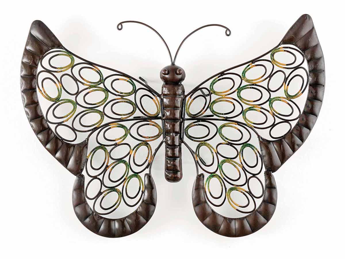 Декор настенный Gardman Бабочка, 51 х 41 см 1733217332Настенный декор Gardman Бабочка изготовлен из металла. Крылья бабочки, покрытые золотистой и зеленой краской, украшены изящной перфорацией. Такая бабочка прекрасно подойдет для украшения дома или сада. С задней стороны расположено отверстие для подвешивания на стену.