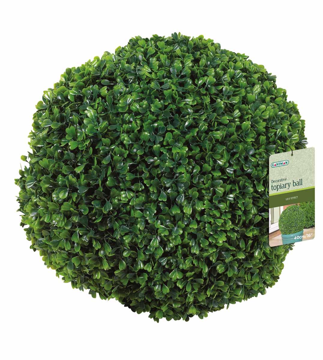 Искусственное растение Gardman Topiary Ball. Самшит, цвет: зеленый, диаметр 40 см02803Искусственное растение Gardman Topiary Ball выполнено из пластика в виде шара. Листья растения зеленого цвета имитируют самшит. К растению прикреплены три цепочки с крючком, за который его можно повесить в любое место. Также растение можно поместить в горшок. Растение устойчиво к воздействиям внешней среды, таким как влажность, солнце, перепады температуры, не выцветает со временем. Искусственное растение Gardman Topiary Ball великолепно украсит интерьер офиса, дома или сада.