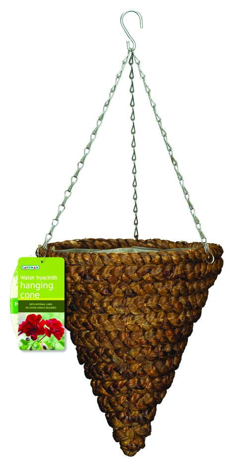 Корзина подвесная для цветов Gardman, диаметр 30 см. 0219502195Подвесная плетеная корзина Gardman в форме конуса изготовлена из водного гиацинта. Каркас выполнен из металла. Корзина уже оснащена специальной пленкой и полностью готова для посадки растений. Прекрасно подходит для цветов. Подвешивается с помощью специальной тройной металлической цепи с крючком. Кашпо часто становятся последним штрихом, который совершенно изменяет интерьер помещения или ландшафтный дизайн сада. Благодаря такому кашпо вы сможете украсить вашу комнату, офис или сад. Характеристики: Материал: металл, водный гиацинт. Диаметр корзины: 30 см. Высота корзины: 33,5 см. Товары для садоводства от Gardman - это вещи, сделанные с любовью, с истинно английской практичностью, основанной на глубоких традициях садоводства Великобритании. Эти товары широко известны садоводам Европы, США, Канады и Японии. Демократичные цены и продуманный ассортимент Gardman завоевал признательность и российского покупателя, достойного хороших, качественных...