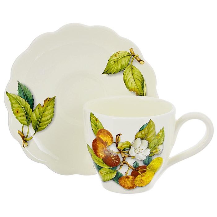 Чашка с блюдцем Nuova Cer Итальянские фрукты, 300 млNC7417-CEM-ALЧашка с блюдцем Nuova Cer Итальянские фрукты, изготовленные из керамики бежевого цвета, оформлены красочным рисунком. Края блюдца волнистые. Оригинальный рисунок придает набору особый шарм, который понравится каждому. Набор идеально подойдет для чая и придется по вкусу и ценителям классики, и тем, кто предпочитает утонченность и изысканность. Характеристики: Материал: керамика. Цвет: бежевый. Объем чашки: 300 мл. Диаметр чашки по верхнему краю: 9 см. Высота чашки: 7 см. Диаметр блюдца: 15,5 см.