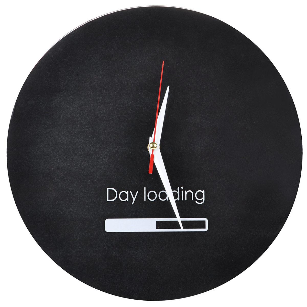 Часы настенные Day Loading, стеклянные, цвет: черный, белый. 9554695546Оригинальные настенные часы Day Loading круглой формы выполнены из стекла и оформлены надписью Day Loading и индикатором. Часы имеют три стрелки - часовую, минутную и секундную. Циферблат часов не защищен. Необычное дизайнерское решение и качество исполнения придутся по вкусу каждому. Оформите свой дом таким интерьерным аксессуаром или преподнесите его в качестве презента друзьям, и они оценят ваш оригинальный вкус и неординарность подарка.