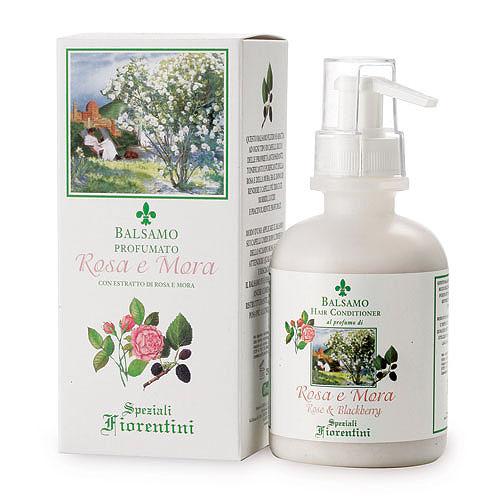 Derbe Кондиционер для волос Роза и ежевика, 250 млA933646263Бальзам Derbe Роза и ежевика подходит для любого типа волос. Обладает антиоксидантными свойствами, тонизирующими свойствами розы и ежевики. Увлажняет и смягчает волосы, придавая им насыщенный блеск и приятный аромат розы и ягодно-фруктовый шлейфс горчинкой. Окутывает волосы нежным ароматом, даря мягкость и гладкость. Эффекты: оказывает великолепное смягчающее действие, устраняет сухость и защищает волосы от раздражающего действия факторов внешней среды. Окутывает нежным ароматом, даря мягкость и гладкость. Экстракт розы превосходно смягчает и успокаивает, окружая шлейфом изысканного благоухания, повышает ее упругость и эластичность. Аромат розы открывает мир внутренней гармонии и чувств, создавая радостный настрой и помогая справиться с усталостью. Экстракт ежевики оказывает противовоспалительное и успокаивающее действие, насыщает необходимыми микроэлементами и витаминами, нейтрализует свободные радикалы, замедляя процессы старения. Не содержит глютен, PEG,...
