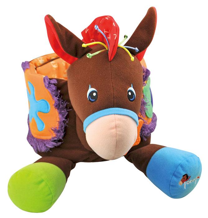Интерактивная игрушка Ks Kids Ковбой, на поясKA655Интерактивная игрушка Ks Kids Ковбой непременно порадует вашего малыша и доставит ему много удовольствия. Игрушка выполнена из мягкого текстильного материала разных фактуры и цветов и стилизована под коричневую лошадку. С помощью липучки она крепится вокруг пояса малыша, предоставляя ему возможность почувствовать себя настоящим наездником. В ушках и гриве лошадки спрятаны шуршащие элементы. При легком прыжке малыша раздаются реалистичные цокот копыт и лошадиное ржанье и фырканье. К лошадке подвешена мягкая игрушка с погремушкой внутри, которую малыш сможет убрать в небольшой кармашек. К ошейнику крепится пластиковый прорезыватель с рельефной поверхностью, который поможет ребенку снять неприятные ощущения при прорезывании зубов. Интерактивная игрушка Ks Kids Ковбой поднимет настроение вашему малышу и подарит заряд положительных эмоций. Порадуйте его таким замечательным подарком! Размер рамки: 75 см х 17 см х 40 см. Робот работает от 3 батарей...