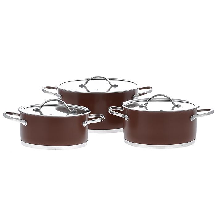 Набор посуды Bohmann, цвет: коричневый, 6 предметов. 0614BH0614BHNEWНабор Bohmann состоит из 3 кастрюль разного объема с крышками. Изделия выполнены из высококачественной нержавеющей стали. Прочность, долговечность и надежность этого материала, а так же первоклассная обработка изделий обеспечивают практически неограниченный запас прочности и неизменно привлекательный внешний вид посуды. Внешнее покрытие коричневого цвета придает посуде особо эстетичный внешний вид. Идеально ровная внутренняя поверхность значительно облегчает мытье. Кастрюли имеют многослойное капсульное дно с алюминиевым основанием, которое быстро и равномерно накапливает тепло и так же равномерно передает его пище. Капсульное дно позволяет готовить блюда с минимальным количеством воды и жира, сохраняя при этом вкусовые и питательные свойства продуктов. Применение технологии многослойного дна создает эффект удержания тепла - пища готовится и после отключения плиты благодаря термоаккумулирующим свойствам посуды. Внутренние стенки имеют отметки...