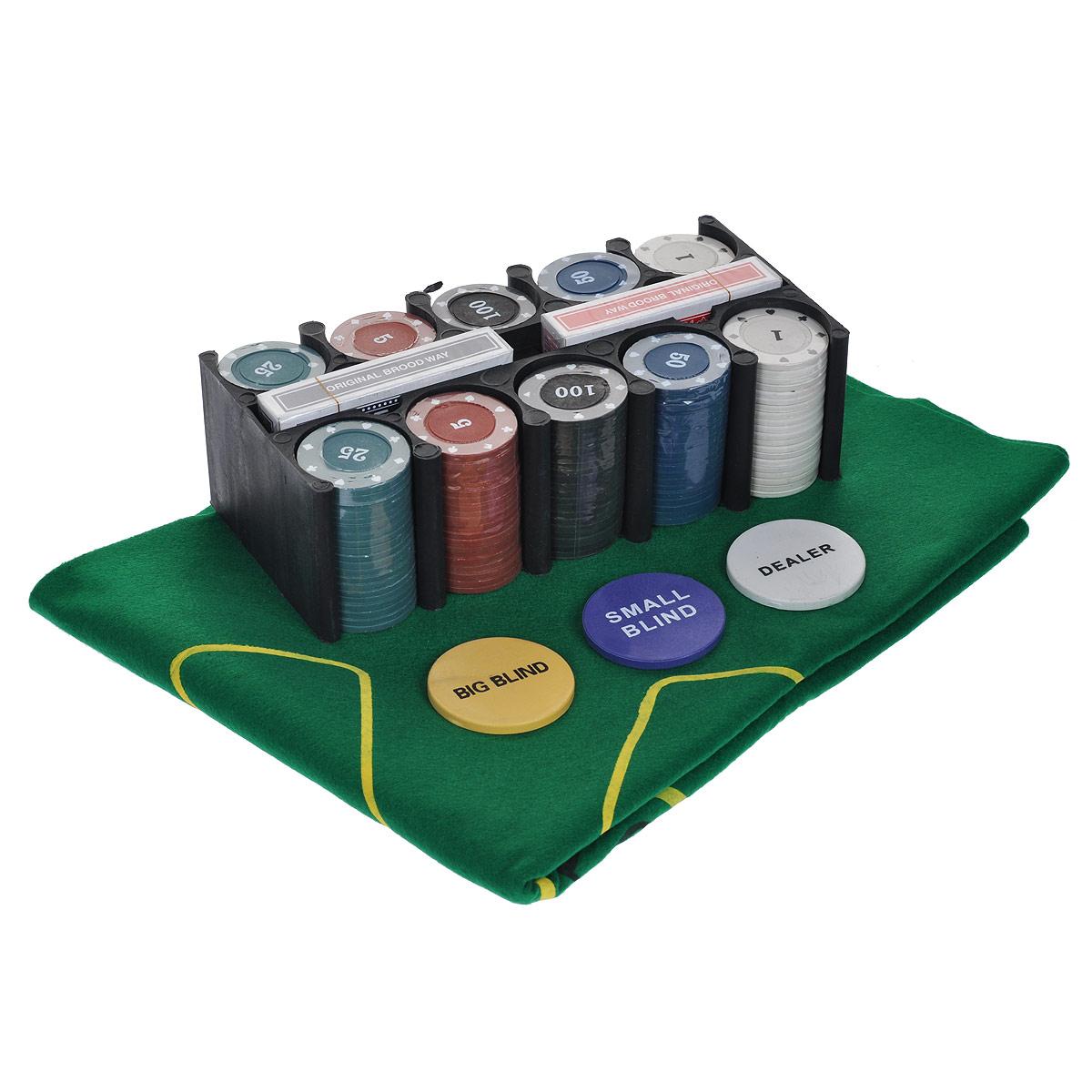 Набор для покера Casino Style Poker Set, размер: 10х18х13 см. ГД2кГД2кНабор для игры в покер - то, что нужно для отличного проведения досуга. Набор состоит из двух колод игральных карт, 200 игровых пластиковых фишек, фишки Dealer, фишки Big Blind, фишки Small Blind и сукна. Набор фишек состоит из 40 фишек белого цвета с номиналом 1, 40 фишек красного цвета c номиналом 5, 40 фишек зеленого цвета с номиналом 25, 40 фишек синего цвета с номиналом 50 и 40 фишек черного цвета с номиналом 100. Предметы набора хранятся в металлической коробке. Такой набор станет отличным подарком для любителей покера. Покер (англ. poker) - карточная игра, цель которой - выиграть ставки, собрав как можно более высокую покерную комбинацию, используя 5 карт, или вынудив всех соперников прекратить участвовать в игре. Игра идет с полностью или частично закрытыми картами. Покер как карточная игра существует более 500 лет. Зародился он в Европе: в Испании, Франции, Италии. С течением времени правила покера менялись. Первые письменные...