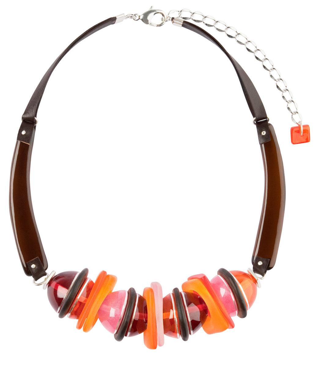 Ожерелье Lalo Treasures, цвет: мульти. N1526/2N1526/2Ожерелье Lalo Treasures выполнено из ювелирной смолы и искусственной кожи и украшен декоративными элементами, которое закрывается на небольшой карабин. Ожерелье упаковано в мешочек из текстиля. Такое ожерелье позволят вам с легкостью воплотить самую смелую фантазию и создать собственный, неповторимый образ.