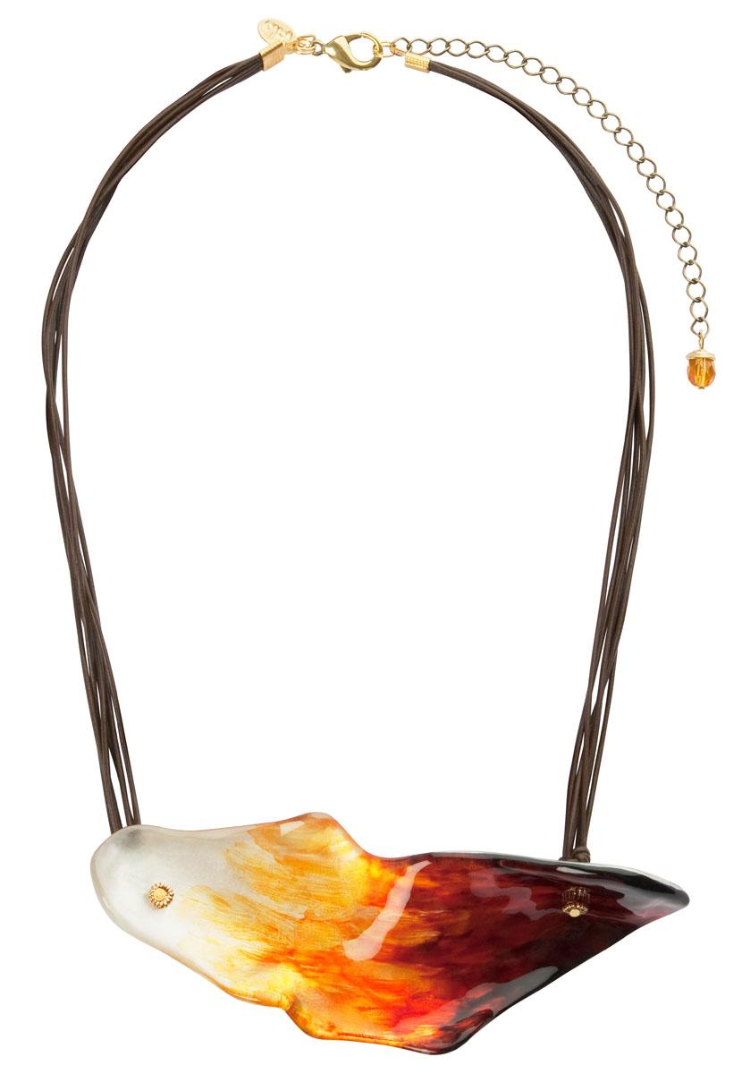 Колье Lalo Treasures, цвет: мульти. P4522P4522Оригинальное колье Lalo Treasures представляет собой цепочку из текстильных шнурков коричневого цвета и декоративного элемента, выполненный из ювелирной смолы. Колье имеет надежную застежку-карабин с регулирующей длину цепочкой. Колье Lalo Treasures не только привлечет внимание окружающих, но и дополнит ваш образ и поможет создать свой неповторимый стиль. Украшение упаковано в текстильный мешочек. Характеристики: Материал: ювелирная смола, металл, текстиль. Размер кулона: 12 см х 4,5 см х 2,5 см. Длина цепочки : 49 - 59 см.