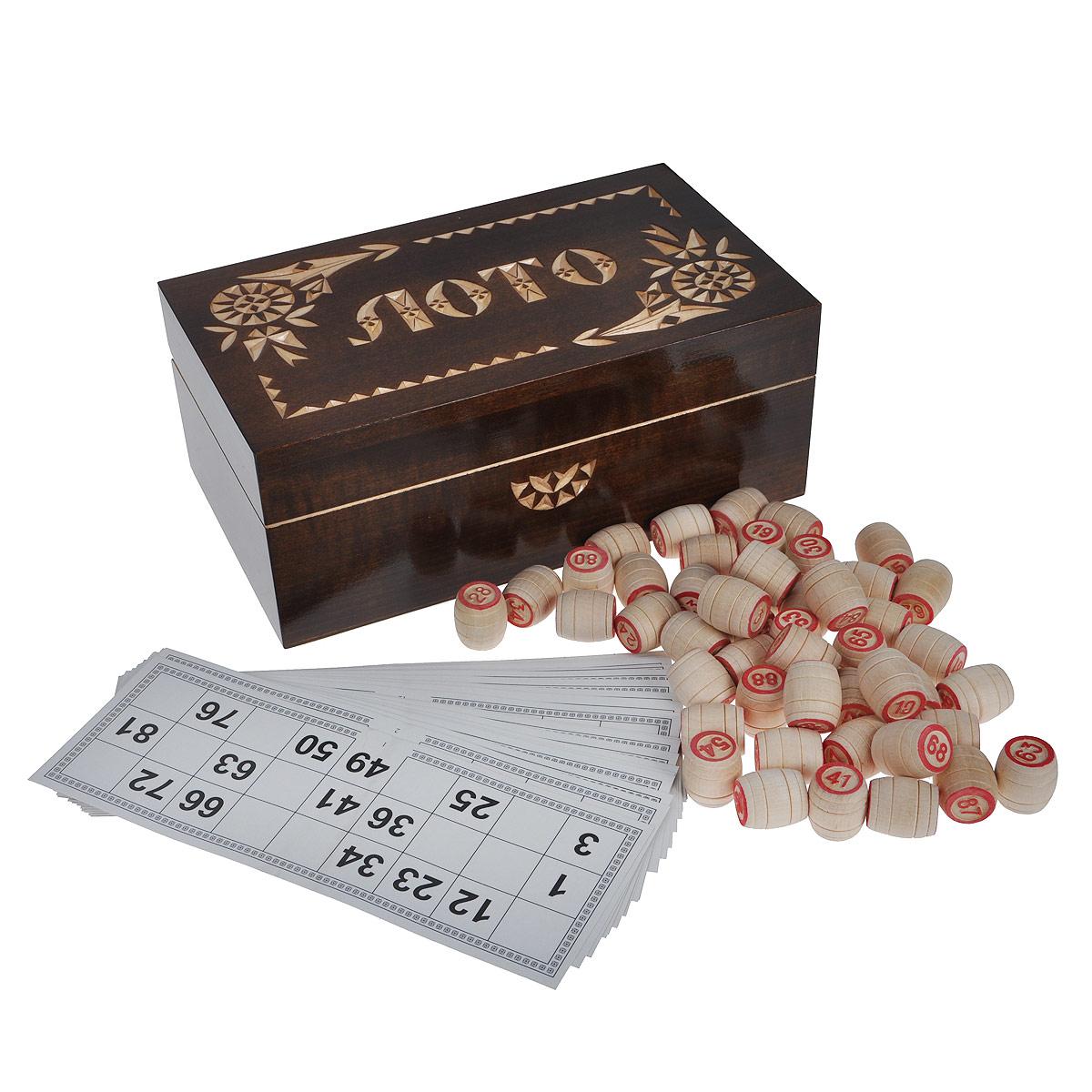 Игра настольная Русское лото, размер: 24,5х15х9 см. 30013001Настольная игра Русское лото - то, что нужно для отличного проведения досуга в кругу друзей и близких. Набор включает 90 деревянных бочонков, текстильный мешочек и 24 игровых карточки. Для бочонков предусмотрен текстильный мешочек синего цвета. Все предметы хранятся в подарочной деревянной шкатулке с резной надписью Лото. Русское лото - это старинная русская игра, правила которой предельно просты и всем известны. Игра обрела популярность в 20 веке и стала единственной официально разрешенной азартной игрой в Советском Союзе. Суть игры состоит в том, чтобы первым закрыть определенное количество цифр на своей карточке. Русское лото делится на три вида: простое лото, короткое лото и лото три на три. Играть можно на деньги или на интерес. Подробные правила игры вы можете найти в инструкции, написанной на коробки.