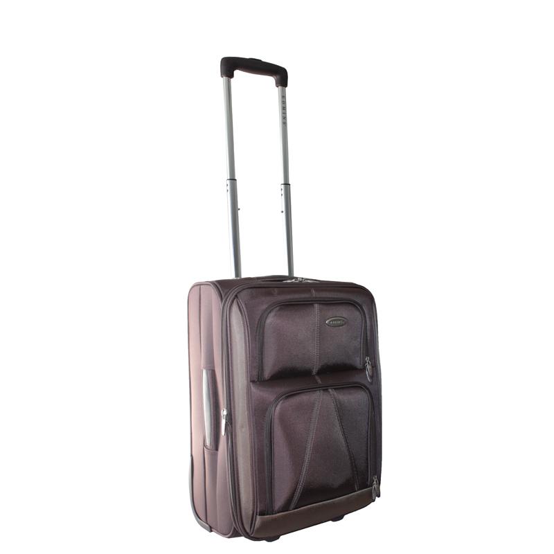 Чемодан-тележка Edmins, с расширяющимся объемом, цвет: коричневый, 10 кг. 243 СТ 720*10243 СТ 720*10Чемодан-тележка Edmins идеально подходит для поездок и путешествий. Чемодан изготовлен из плотного нейлона коричневого цвета, имеет жесткую конструкцию. Благодаря дополнительному отделению на молнии обладает способностью расширяющегося объема. Чемодан имеет одно вместительное основное отделение для хранения одежды и аксессуаров, которое закрывается на застежку-молнию с двумя бегунками. Внутри - большое вшитое отделение на молнии, сетчатое отделение на молнии, накладной кармашек на молнии и два ремня на застежках. Внутренняя поверхность изделия отделана атласным полиэстером бежевого цвета. С лицевой стороны сумки расположено два дополнительных отделения на молнии. С задней стороны содержится выдвижная табличка для записи имени, адреса и номера телефона. Чемодан оснащен удобной выдвижной алюминиевой ручкой, которая выдвигается нажатием на кнопку и регулируется по длине. Дно чемодана имеет 2 колеса и ручку-фиксатор. Боковая поверхность оснащена 4 пластиковыми...