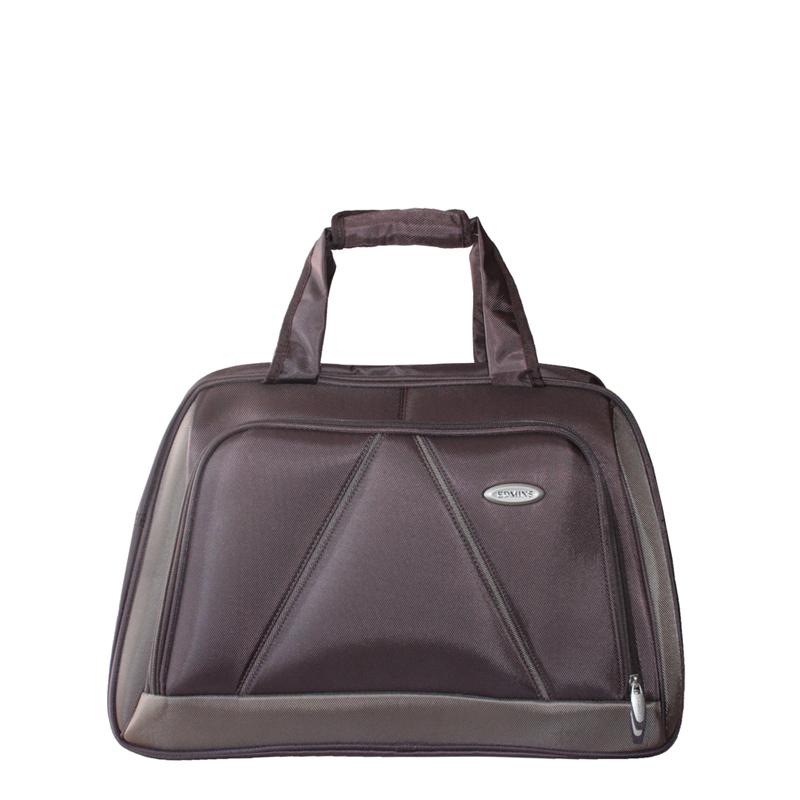 Сумка дорожная Edmins, цвет: коричневый. 243 CV243 CV 420*10Стильная дорожная сумка Edmins выполнена из плотного полиэстера коричневого цвета. Сумка имеет одно вместительное отделение, закрывающееся на застежку-молнию. Сумка снабжена механическим замком с двумя ключами. Внутри содержится вшитый карман на молнии и перегородка. На лицевой стороне расположен накладной карман на молнии. На задней стенке - карман для мелочей на липучке. Сумка оснащена двумя удобными ручками и отстегивающимся плечевым ремнем регулируемой длины. На дне - пластиковые ножки. Фурнитура - серебристого цвета. Функциональная и вместительная, такая сумка поможет не только уместить все необходимые вещи, но и станет модным аксессуаром, который идеально дополнит ваш образ. Может использоваться в качестве ручной клади. Характеристики: Материал: полиэстер, металл, пластик. Размер сумки: 50 см х 30 см х 25 см. Цвет: коричневый. Высота ручек: 20 см. Длина плечевого ремня (регулируется): 75 см. Максимальная нагрузка: 7...
