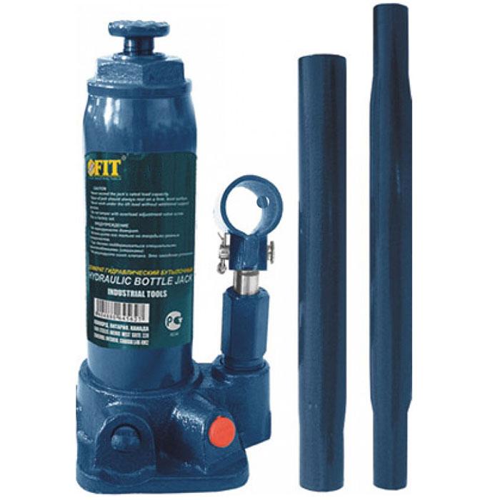 Домкрат бутылочный FIT 64563, 3 т64563Бутылочный гидравлический домкрат FIT грузоподъемностью до 3 тонн отличается простотой и удобством эксплуатации, что расширяет область его использования. Гидравлический домкрат «бутылочного» типа широко применяется при строительстве, ремонте, при различных монтажно-демонтажных работах. Работа с ним не требует практически никаких физических сил. Именно такой домкрат рекомендуется приобретать женщинам-автомобилистам. Наличие кейса позволяет удобно хранить его в багажнике автомобиля. Особенности: Большая грузоподъемность в сочетании с небольшим рабочим усилием; Высокий КПД; Жесткость конструкции; Плавность хода; Точность и плавность торможения.