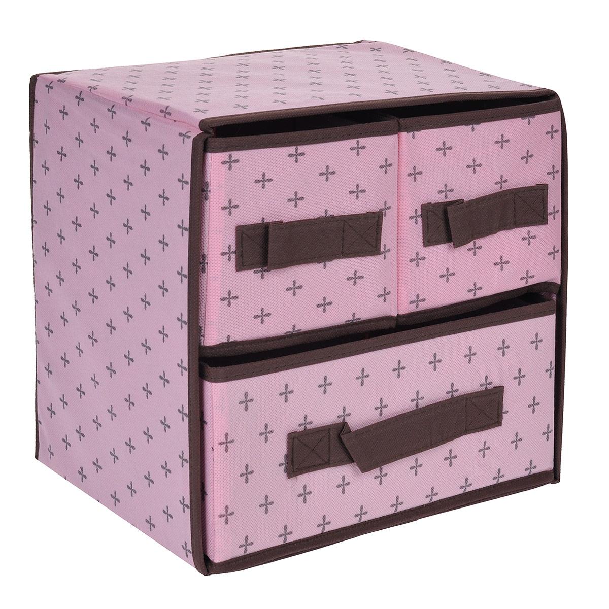 Кофр для хранения FS-6103, цвет: розовый, 29 х 23 х 28 смFS-6103Кофр для хранения с тремя отделениями FS-6103 изготовлен из высококачественного нетканого материала, который позволяет сохранять естественную вентиляцию, а воздуху свободно проникать внутрь, не пропуская пыль. Благодаря специальным вставкам, кофр прекрасно держит форму, а эстетичный дизайн гармонично смотрится в любом интерьере. Мобильность конструкции обеспечивает складывание и раскладывание одним движением. Такой кофр сэкономит место и сохранит порядок в доме. Характеристики: Материал: нетканый материал. Цвет: розовый. Размер кофра (Ш х Д х В): 29 см х 23 см х 28 см.