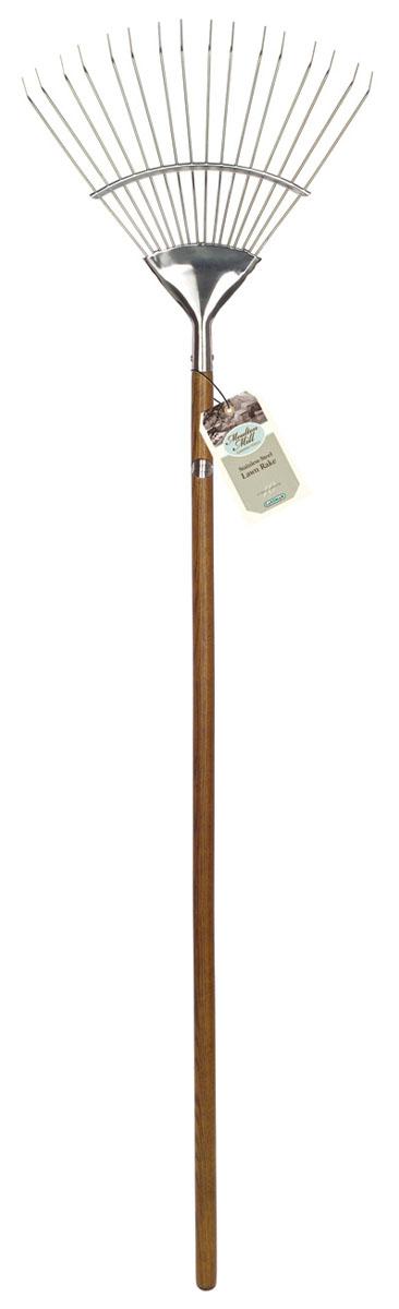 Грабли веерные Gardman Moulton Mill. 9503095030Веерные грабли Gardman Moulton Mill, изготовленные из высококачественной нержавеющей стали, предназначены для работы в саду или на приусадебном участке. Эргономичная рукоятка выполнена из древесины дуба. Такими граблями удобно сгребать листья, мусор и сорняки. Благодаря большому количеству зубцов, расположенных по принципу веера, уборка территории будет сделана в короткие сроки.