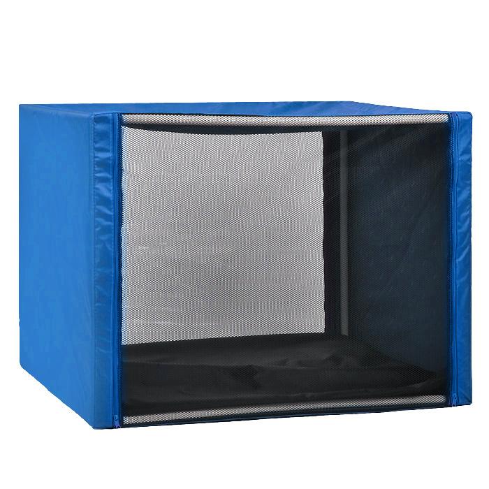Клетка для кошек Заря-Плюс, выставочная, разборная, цвет: голубой, 90 см х 70 см х 70 см. КВР2КВР2гВыставочная клетка-палатка Заря-Плюс - отличный выбор для участия на любой российской или международной кошачьей выставке. Данная модель выставочной клетки обладает многочисленными преимуществами: - клетка выполнена из высококачественного материала - ПВХ; - клетка разборная, в комплект входит сборный каркас из пластиковых труб вместе с соединительными уголками; - боковые стороны клетки закрытые; - лицевая сторона клетки выполнена из пленки, которая пристегивается с помощью молнии; - обратная сторона клетки выполнена из сетки, которая также пристегивается с помощью молнии; - в сложенном виде клетка довольно компактна, при хранении занимает мало места; - клетка переносится в чехле, который входит в комплект; - для удобной переноски чехол имеет короткую и длинную ручки, также на чехле имеется 2 больших кармана на молнии; - в комплект входит матрац со съемным чехлом на молнии, при необходимости он легко снимается...