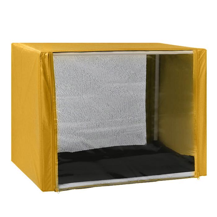 Клетка для кошек Заря-Плюс, выставочная, разборная, цвет: желтый, 90 см х 70 см х 70 см. КВР2КВР2жВыставочная клетка-палатка Заря-Плюс - отличный выбор для участия на любой российской или международной кошачьей выставке. Данная модель выставочной клетки обладает многочисленными преимуществами: - клетка выполнена из высококачественного материала - ПВХ; - клетка разборная, в комплект входит сборный каркас из пластиковых труб вместе с соединительными уголками; - боковые стороны клетки закрытые; - лицевая сторона клетки выполнена из пленки, которая пристегивается с помощью молнии; - обратная сторона клетки выполнена из сетки, которая также пристегивается с помощью молнии; - в сложенном виде клетка довольно компактна, при хранении занимает мало места; - клетка переносится в чехле, который входит в комплект; - для удобной переноски чехол имеет короткую и длинную ручки, также на чехле имеется 2 больших кармана на молнии; - в комплект входит матрац со съемным чехлом на молнии, при необходимости он легко снимается...
