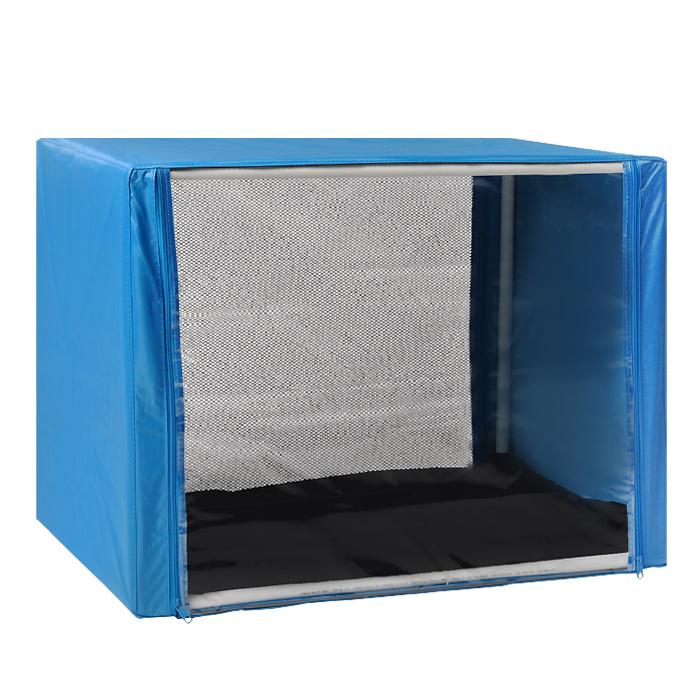 Клетка для кошек Заря-Плюс, выставочная, разборная, цвет: голубой, 76 см х 56 см х 56 см. КВР1КВР1гВыставочная клетка-палатка Заря-Плюс - отличный выбор для участия на любой российской или международной кошачьей выставке. Данная модель выставочной клетки обладает многочисленными преимуществами: - клетка выполнена из высококачественного материала - ПВХ; - клетка разборная, в комплект входит сборный каркас из пластиковых труб вместе с соединительными уголками; - боковые стороны клетки закрытые; - лицевая сторона клетки выполнена из пленки, которая пристегивается с помощью молнии; - обратная сторона клетки выполнена из сетки, которая также пристегивается с помощью молнии; - в сложенном виде клетка довольно компактна, при хранении занимает мало места; - клетка переносится в чехле, который входит в комплект; - для удобной переноски чехол имеет короткую и длинную ручки, также на чехле имеется 2 больших кармана на молнии; - в комплект входит матрац со съемным чехлом на молнии, при необходимости он легко снимается...