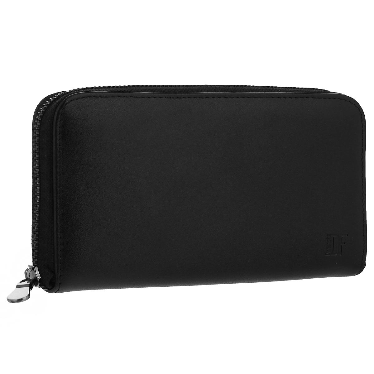 Портмоне-клатч мужское Dimanche Bond, цвет: черный. 669669Портмоне-клатч Bond выполнено из высококачественной натуральной кожи и закрывается на застежку-молнию. Внутри - четыре отделения для купюр, отделение для мелочи на молнии, потайной карман на молнии, большой карман для чеков и бумаг и шесть кармашков для кредиток. На задней стенке портмоне имеется ручка для переноски. Портмоне упаковано в фирменную картонную коробку.