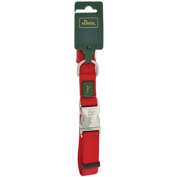 Ошейник для собак Hunter Smart ALU-Strong L, цвет: красный43516Ошейник для собак Hunter Smart ALU-Strong предназначен для собак крупных пород. Ошейник изготовлен из нейлона, оснащен надежной металлической застежкой и металлическим кольцом для поводка. Бегунок позволяет регулировать и фиксировать длину ошейника. Фурнитура выполнена из хромированного металла. Обхват шеи: 45 см - 65 см. Ширина ошейника: 2,5 см.