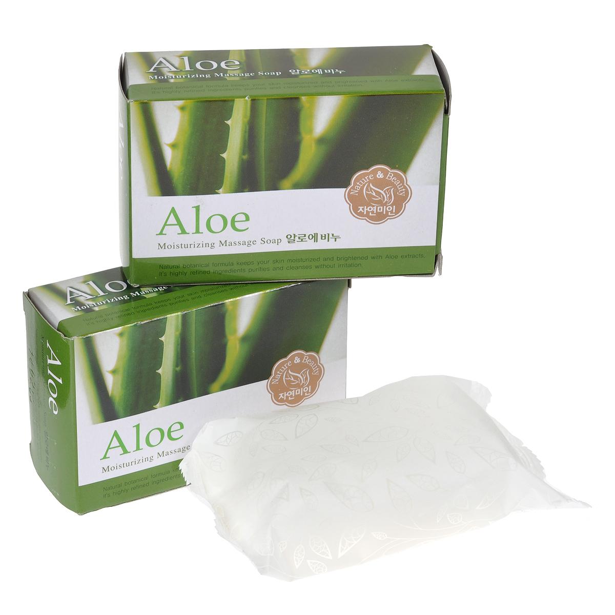 Mukunghwa Косметическое мыло Алоэ, 3 х 100 гУТ000000703Экстракт алоэ, входящий в состав мыла, отлично очищает, тонизирует и увлажняет кожу. Мыло препятствуют появлению раздражений, не нарушая естественного защитного барьера. Способ применения : с помощью воды вспеньте мыло, нанесите на кожу, после чего тщательно смойте обильным количеством воды. Характеристики: Количество: 3 шт. Вес: 3 х 100 г. Товар сертифицирован. Состав: мыльная основа, отдушка, дециловый полиглюкозид, гидрогенизированное касторовое масло, лактат натрия, экстракт алое, масло жожоба, тетранатрия этидронат, диоксид титана, консервант BHT, MultIEX BSASM.