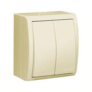 Выключатель Simon 1594398 311594398-031Simon 15 Aqua — влагозащитная коллекция выключателей от испанской электротехнической компании Simon. Надежная защита от пыли и влаги! Все выключатели, объединенные в серии «Simon 15 Aqua», имеют эксплуатационную степень защиты IP54. Они спроектированы для использования в помещениях с повышенной влажностью (ванные комнаты, бассейны, парники) или загрязненностью воздуха (цеха заводов, гаражи, мастерские), а так же для применения на улице. Механизмы выполнены из поликарбоната, латуни и нержавеющей стали. Маленькие габариты изделий.