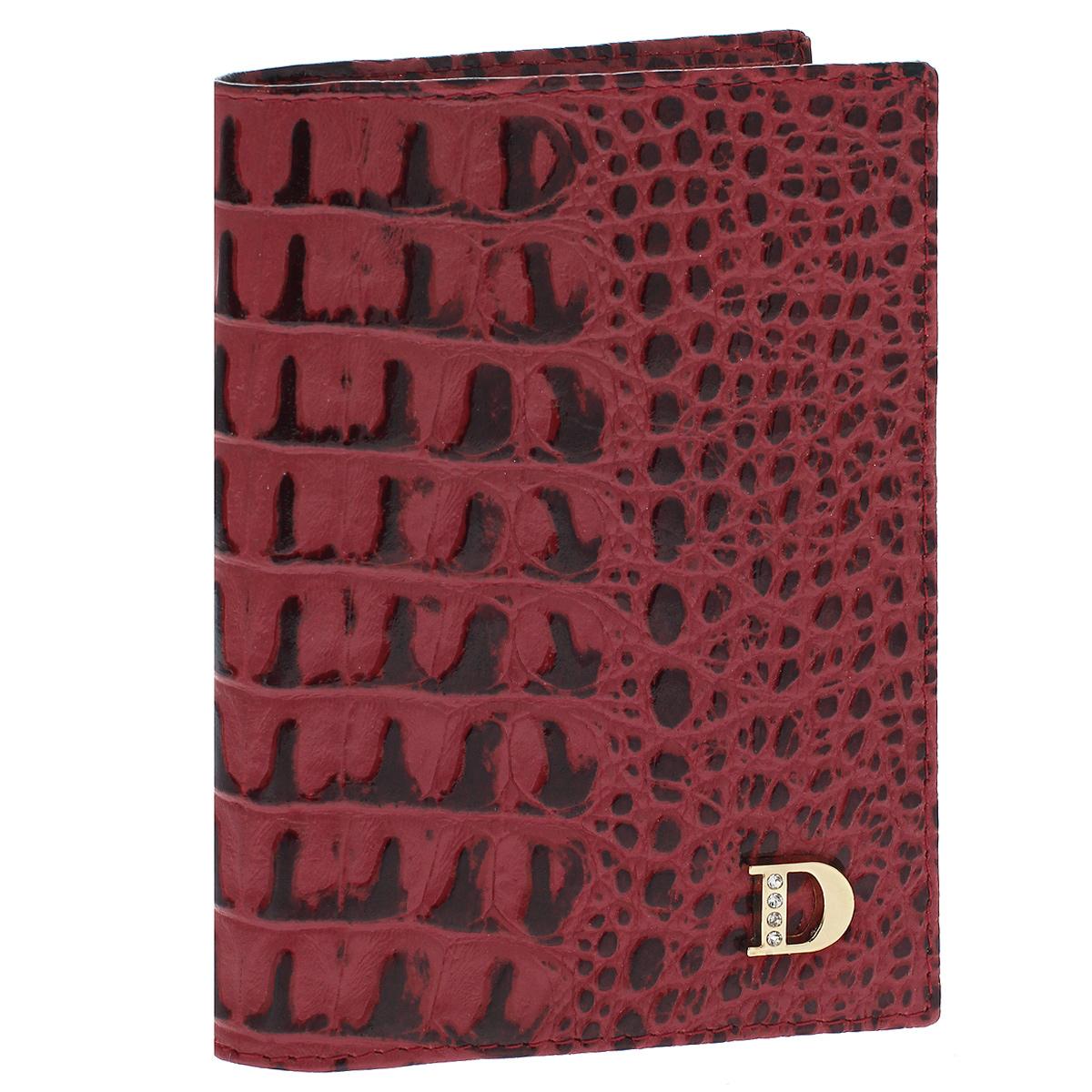 Бумажник водителя Dimanche Loricata Rouge, цвет: красный. 551551Бумажник водителя Dimanche Loricata Rouge изготовлен из натуральной кожи красного цвета с декоративным тиснением под рептилию. Внутри содержится съемный блок из 5 прозрачных пластиковых файлов для автодокументов, 4 прорезных кармашка для пластиковых карт, карман для сим- карты и 2 потайных кармашка для мелких бумаг. Стильный бумажник не только защитит ваши документы, но и станет стильным аксессуаром, подчеркивающим ваш образ. Изделие упаковано в фирменную коробку коричневого цвета с логотипом фирмы Dimanche. Характеристики: Материал: натуральная кожа, текстиль, пластик. Цвет: красный. Размер бумажника (ДхШхВ): 9,5 см х 13,5 см х 1,5 см.