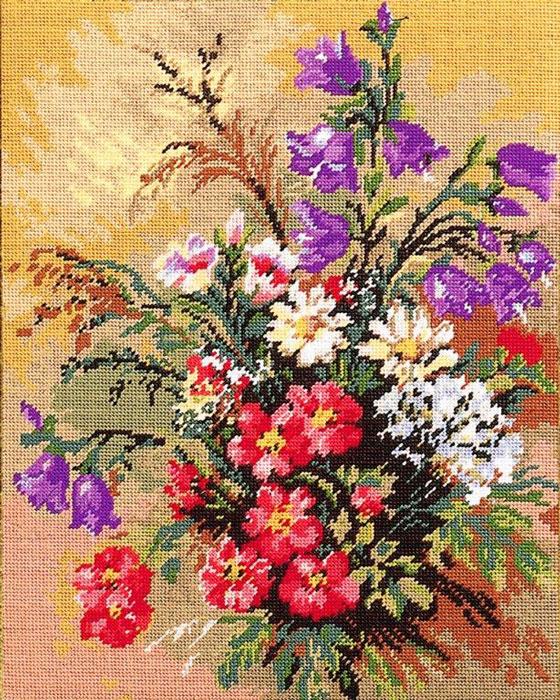 Набор для вышивания гобелена Цветы, 40 см х 50 см427/37Красивый и стильный рисунок-вышивка, выполненный на канве, выглядит оригинально и всегда модно. В наборе для вышивания Цветы есть все необходимое для создания собственного чуда: канва с напечатанным рисунком, вышивальные нити, игла и руководство по вышиванию. Работа, сделанная своими руками, создаст особый уют и атмосферу в доме и долгие годы будет радовать вас и ваших близких. Ведь вы выполните вышивку с любовью!