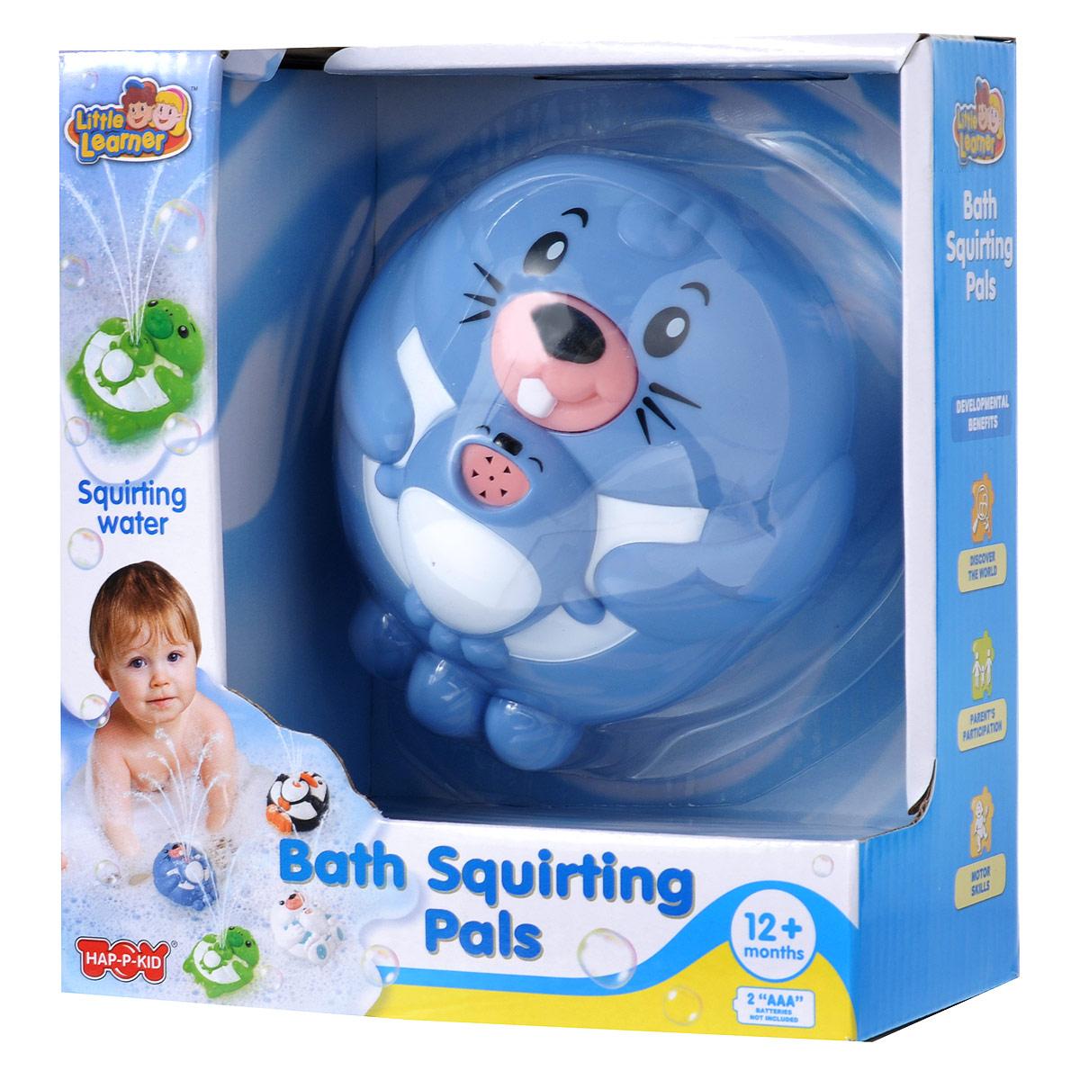 Игрушка для ванной Happy Kid Бобрик4306Игрушка для ванной Happy Kid Бобрик привлечет внимание вашего малыша и превратит купание в веселую игру! Игрушка выполнена из пластика голубого и белого цветов в виде забавного бобрика с детенышем. Игрушка отлично держится на воде и может плавать в ванной, не боясь шампуней и погружений под воду. При нажатии на нос бобрика игрушка выпускает фонтанчик воды. Эта яркая великолепная игрушка поможет ребенку в игровой форме развить цветовое и звуковое восприятие, причинно-следственные связи и мелкую моторику рук. Для работы игрушки необходимы 2 батарея типа ААА (не входят в комплект).