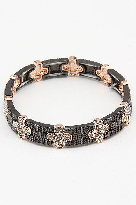 Браслет Fashion Jewelry, цвет: черный, золотистый. BR0191BR0191Браслет Fashion Jewelry на резинке, выполненный из металла, украшен стразами. Такой браслет позволит вам быть оригинальной и изящной и создать свой неповторимый образ. Красивое и необычное украшение блестяще подчеркнет изысканный вкус, женственность и красоту своей обладательницы и поможет внести разнообразие в привычный образ.