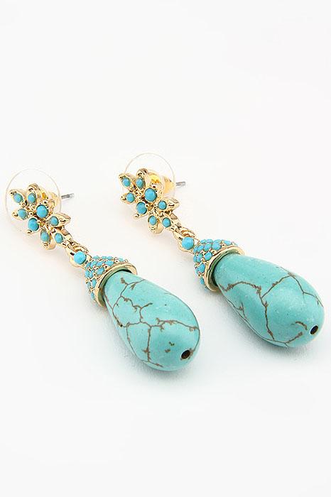 Серьги Fashion Earrings, цвет: золотистый, бирюзовый. ER0168ER0168Оригинальные серьги Fashion Earrings, выполненные из металла золотистого цвета с подвеской из пластика в виде капельки, украшены стразами. Такие серьги помогут создать вам свой неповторимый стиль. Серьги-подвески застегиваются на пластиковую застежку-гвоздик. Серьги Fashion Earrings позволят вам с легкостью воплотить самую смелую фантазию и создать собственный, неповторимый образ.