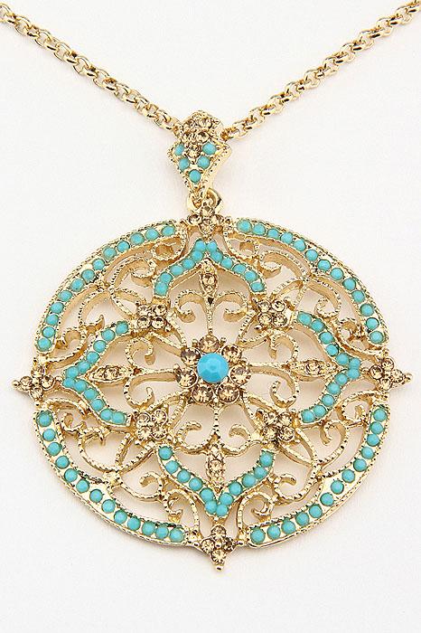 Колье Fashion Jewelry, цвет: золотистый, бирюзовый. NK0060NK0060Оригинальное колье Fashion Jewelry представляет собой цепочку из металла и кулон в виде медальона. Кулон выполнен из металла и декорирован стразами из стекла и пластика. Колье имеет надежную застежку-карабин. Колье Fashion Jewelry не только привлечет внимание окружающих, но и дополнит ваш образ и поможет создать свой неповторимый стиль.