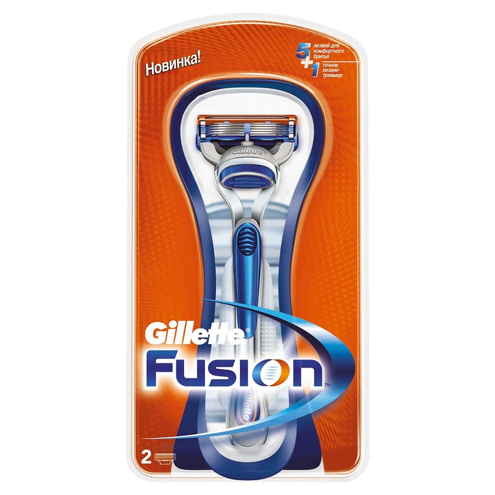 Бритва Gillette Fusion, 2 сменные кассетыGIL-75021184Gillette - лучше для мужчины нет! Технология 5-лезвийной бреющей поверхности: 5 лезвий PowerGlide, расположенных ближе друг к другу, позволяют снизить давление на кожу для уменьшения раздражения и большего комфорта чем у Mach3. 15 специальных микро гребней Fusion помогают разглаживать неровную поверхность кожи, позволяя 5 лезвиям скользить максимально гладко. Увлажняющая полоска теряет цвет, сигнализируя о необходимости сменить лезвие. - Комфорт пяти лезвий + точность одного лезвия-триммера. - Технология из 5 лезвий обеспечивает меньшее давление на кожу по сравнению с бритвами Mach 3. - Улучшенная увлажняющая полоска обеспечивает еще более плавное скольжение картриджа по поверхности кожи по сравнению с бритвами Mach 3. - Лезвие-триммер оптимизирует бритье на сложных участках, таких как виски, область под носом и шея.