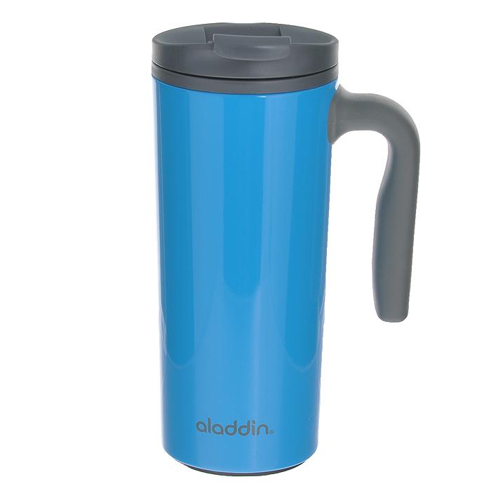 Стакан Aladdin Traveler, цвет: синий, 0,47 л10-00691-002Стакан Aladdin Traveler изготовлен из нержавеющей стали коллекции AVEO, двустенная пенопластовая изоляция. Можно использовать в поездке. Имеет удобную ручку с антискользящим эффектом и крышку-непроливайку, которая может быть использована как подстаканник. Благодаря клапану, из бутылки можно пить, даже не откручивая крышку. Не содержит бисфенол А.