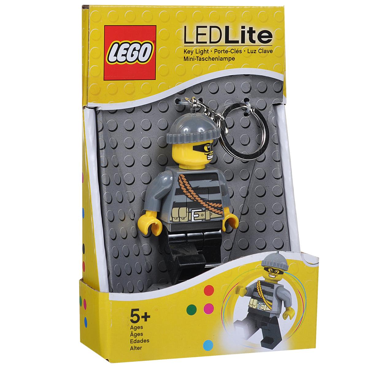 Брелок-фонарик для ключей Lego City - MastermindLGL-KE33Брелок Lego City - Mastermind станет отличным подарком для родственников, знакомых или коллег по работе. Его можно пристегнуть к рюкзаку, сумке или повесить на связку ключей. Брелок имеет функцию фонарика, с помощью которой вы сможете в ночное время суток заглянуть под капот машины, осветить себе путь во время поздних пеших прогулок, разглядеть в темном подъезде замочную скважину.