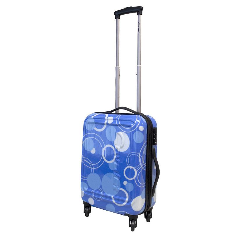 Чемодан-тележка Cavalet Malibu, 35 л, 868-50, синий868-50 blueСтильный чемодан-тележка Cavalet из коллекции Malibu на четырех колесах идеально подходит для поездок и путешествий. Корпус имеет жесткую конструкцию и выполнен из ударопрочного ABS-пластика с принтом. Чемодан имеет одно вместительное отделение для хранения одежды и аксессуаров, с возможностью увеличения объема. Отделение закрывается на двойную застежку-молнию и имеет встроенный кодовый замок с функцией TSA. Внутри - разделитель на молнии, сетчатый карман на молнии и кармашек для мелочей из прозрачного ПВХ. Также в отделении предусмотрены багажные ремни для фиксации. Внутренняя поверхность изделия отделана полиэстером. В верхней части чемодана предусмотрена прорезиненная ручка для переноски. На одной из боковых сторон - пластиковые ножки, на другой - дополнительная ручка для переноски. Чемодан оснащен удобной телескопической ручкой, которая выдвигается нажатием на кнопку. Стильный и удобный чемодан-тележка Malibu вместит все необходимые вещи и станет незаменимым...