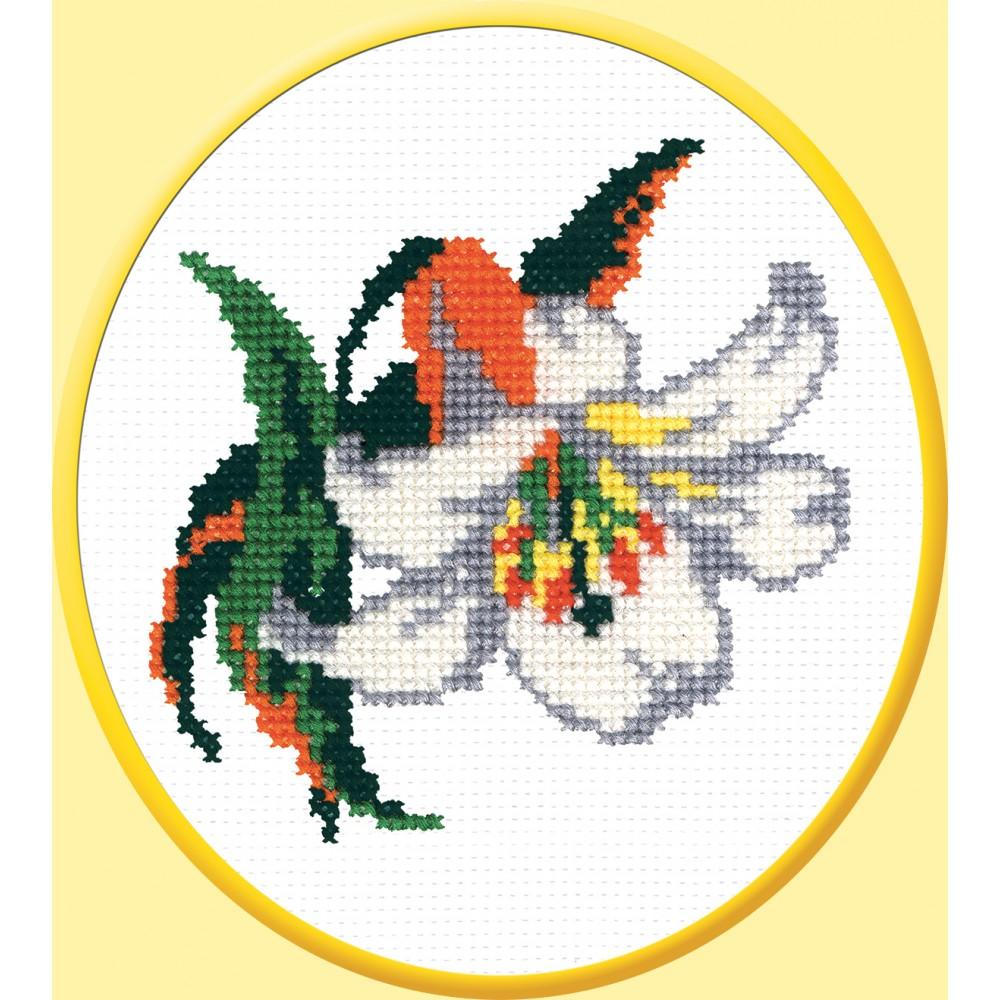 Набор для вышивания крестом Лилия белая, 14 см х 14 см642177