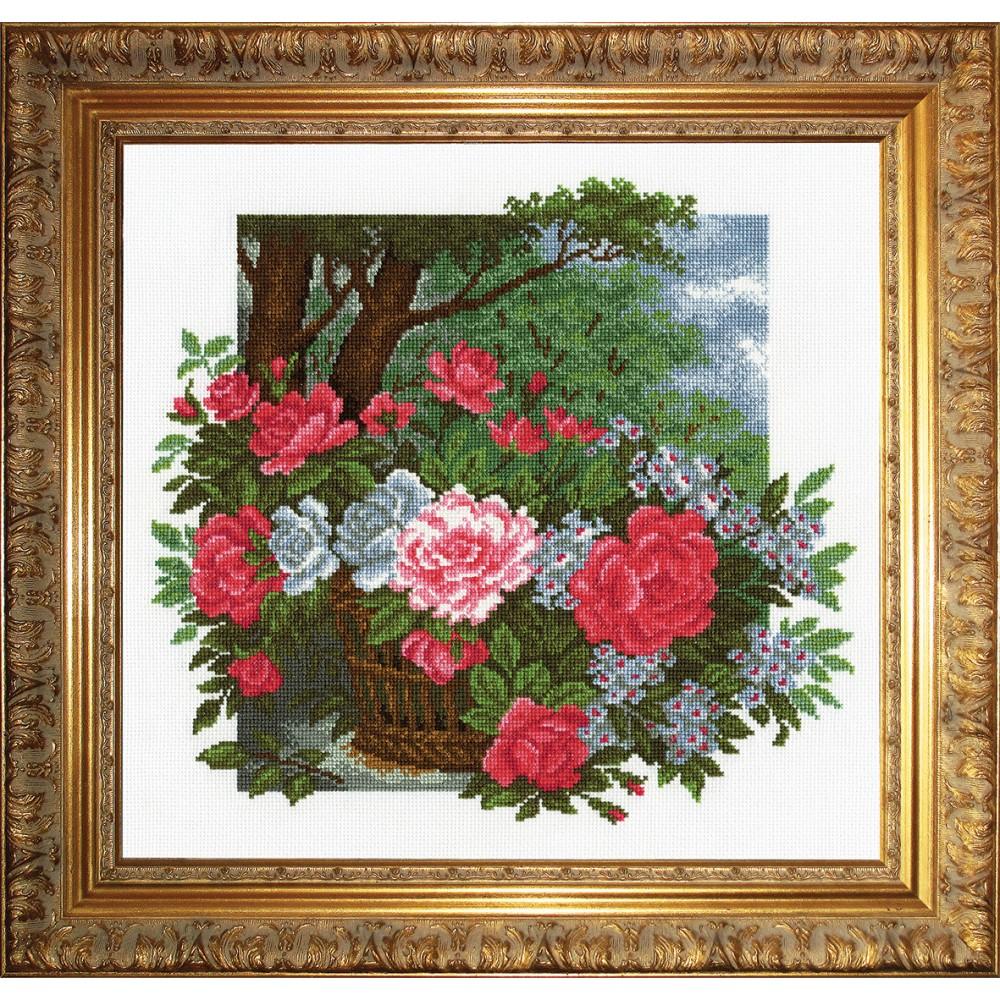 Набор для вышивания крестом Розы в корзине, 34 х 36 см 697312697312Набор для вышивания крестом Розы в корзине поможет вам создать свой личный шедевр - красивую картину, вышитую в технике крест в три нити. Работа, выполненная своими руками, станет отличным подарком для друзей и близких! Набор содержит: - белая канва (100% хлопок), - мулине мерсеризованное - 21 цвет (100% хлопок), - игла, - цветная схема для вышивания, - инструкция на русском языке. Размер готовой работы: 34 см х 36 см. УВАЖАЕМЫЕ КЛИЕНТЫ! Обращаем ваше внимание, на тот факт, что рамка в комплект не входит, а служит для визуального восприятия товара.