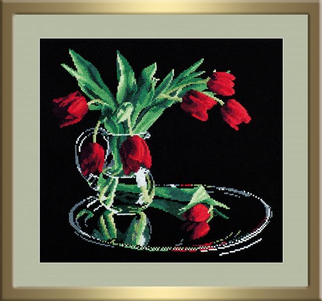 Набор для вышивания крестом Тюльпаны на черном, 35 см х 32 см679483Набор для вышивания крестом Тюльпаны на черном поможет создать красивую вышитую картину. Рисунок-вышивка, выполненный на канве, выглядит стильно и модно. Вышивание отвлечет вас от повседневных забот и превратится в увлекательное занятие! Работа, сделанная своими руками, не только украсит интерьер дома, придав ему уют и оригинальность, но и будет отличным подарком для друзей и близких! Набор для вышивания содержит все необходимые материалы для вышивки на канве в технике счетный крест. В состав набора входит: - канва №14 черного цвета (100% хлопок), - нитки-мулине х/б (19 цветов), - игла, - символьная схема, - подробная инструкция на русском языке. Уважаемые клиенты! Обращаем ваше внимание на то, что рамка в комплект не входит, а служит для визуального восприятия товара.