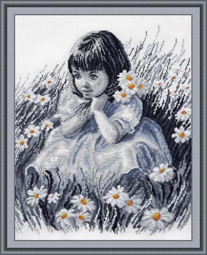 Набор для вышивания Девочка в ромашках, 30 х 37 см697606