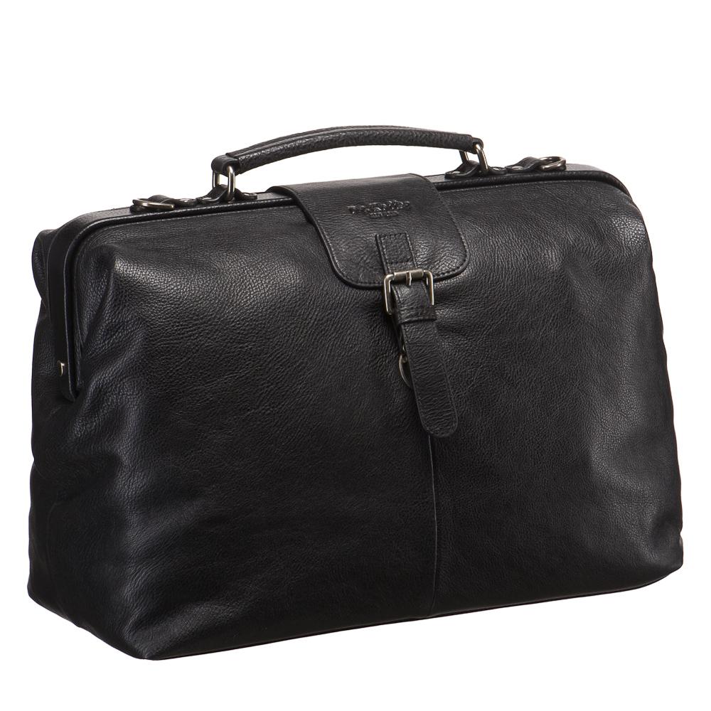 Саквояж Dr. Koffer, цвет: черный. B402536-02-04B402536-02-04Стильный саквояж Dr. Koffer, выполнен из натуральной кожи классической выделки, которая наглядно демонстрирует естественную красоту этого природного материала. Саквояж - компактная дорожная сумка. Саквояжная планка хорошо держит сумку в открытом состоянии, что делает ее использование комфортным. Сумка имеет одно вместительное отделение, внутри которого плоский карман на кнопке, гнездо для телефона две петли для ручек (ручка входит в комплект) и три отделения для визиток и кредитных карт. Закрывается сумка на быстрый и удобный замок-защелку, спрятанный под фальшремешок. Внешняя сторона оформлена карманом на застежке-молнии. Сумка дополнена съемным регулируемым плечевым ремнем и эффектной ручкой. Модель упакована в удобный текстильный чехол, в котором можно хранить ее.