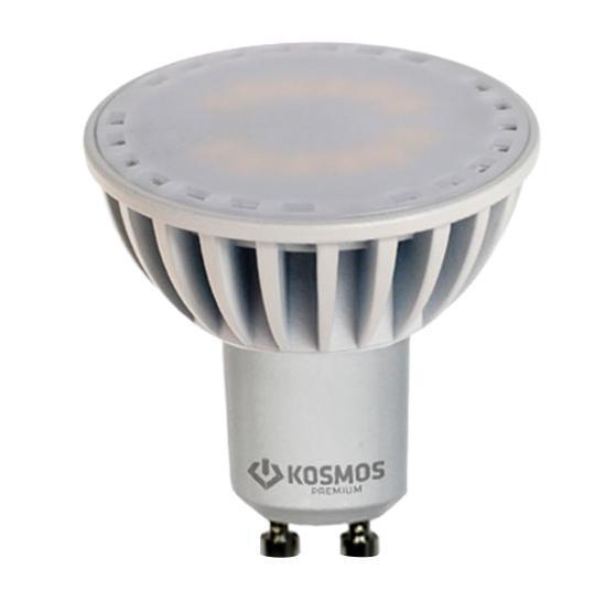 Светодиодная лампа Kosmos Premium, теплый свет, цоколь GU10, 3,5WKLED3.5wGU10230v27Светодиодная лампа Kosmos Premium инновационный и экологичный продукт, специально разработанный для эффективной замены любых видов галогенных или обыкновенных ламп накаливания во всех типах осветительных приборов. Основные преимущества лампы Kosmos Premium: Служит 50000 часов, что в 50 раз дольше лампы накаливания (при работе 3 часа в день). Экономична - сберегает до 90% электроэнергии. Обладает высокой механической прочностью и вибростойкостью. Не искажает цвета. Благодаря применению чипов от мирового лидера Samsung, цветопередача приближена к идеальной. Устойчива к перепадам температуры (от -40°С до +50°С).