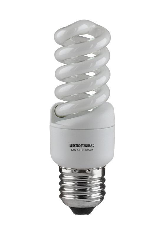 Elektrostandard лампа энергосберегающая Микро винт, теплый свет, цоколь Е27, 13Wa023956Энергосберегающая лампа Электростандарт Микро винт способствует расслаблению, ее лучше использовать в спальнях, местах отдыха. Сфера применения энергосберегающей лампы Электростандарт та же, что и у лампы накаливания, но данная лампа имеет ряд преимуществ: температура колбы ниже, чем у ламп накаливания, что позволяет использовать энергосберегающие лампы в тканевых абажурах без риска их выцветания и возникновения пожара; полностью заменяет галогенные и обычные лампы накаливания. Лампа обладает высоким индексом цветопередачи Ra >80. Это означает, что все цвета объектов, освещаемые лампой, выглядят естественно и натурально. Лампа оборудована системой плавного запуска, позволяющего лампе загораться постепенно в течение 1-2 секунд. Электронное пускорегулирующее устройство не вызывает стробоскопического эффекта при работе лампы, что оказывает благоприятное воздействие на глаза человека и его нервную систему Напряжение: 220 вольт